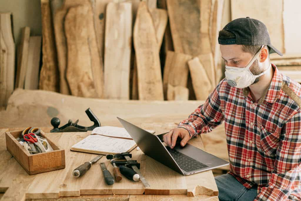 A handyman doing research of his competitors